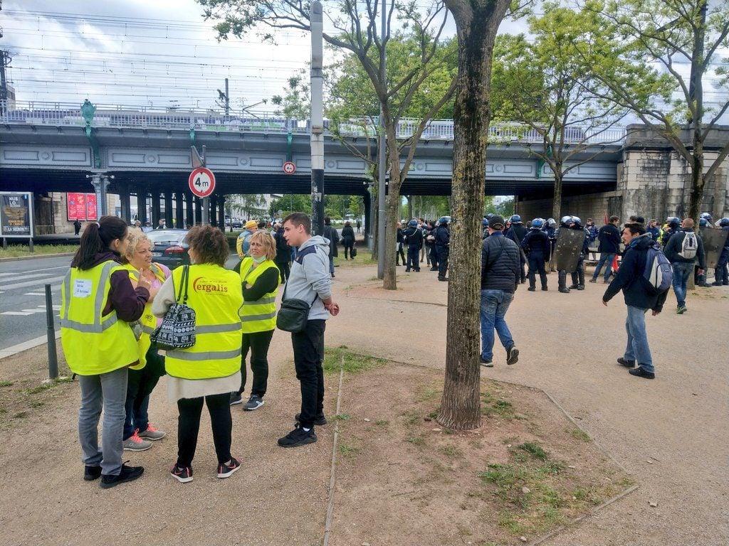 Des manifestants partent en direction de Gerland. ©NM/Rue89Lyon
