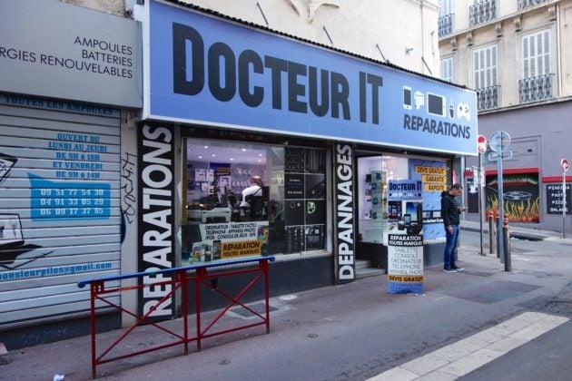 Magasin de réparation d'objets numériques par Nicolas Nova