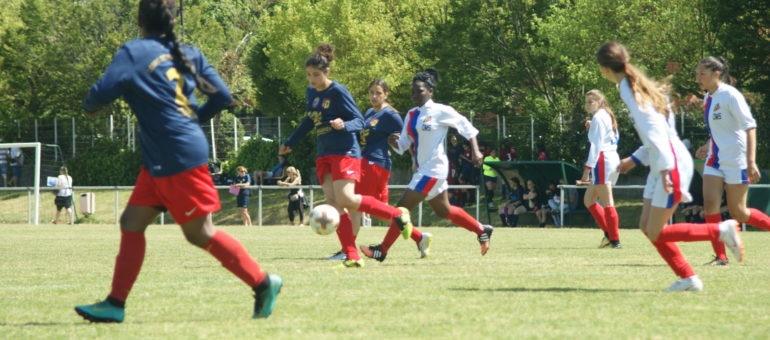 Sirine, au FC Vénissieux: «S'organiser pour suivre les cours et jouer au football»