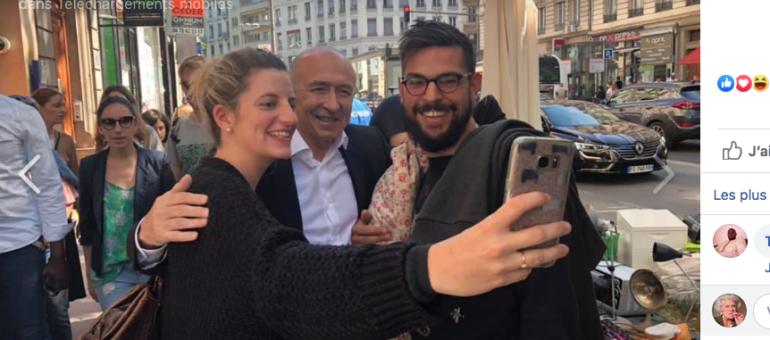 Dans la tempête judiciaire, Gérard Collomb glane des signatures… et des selfies