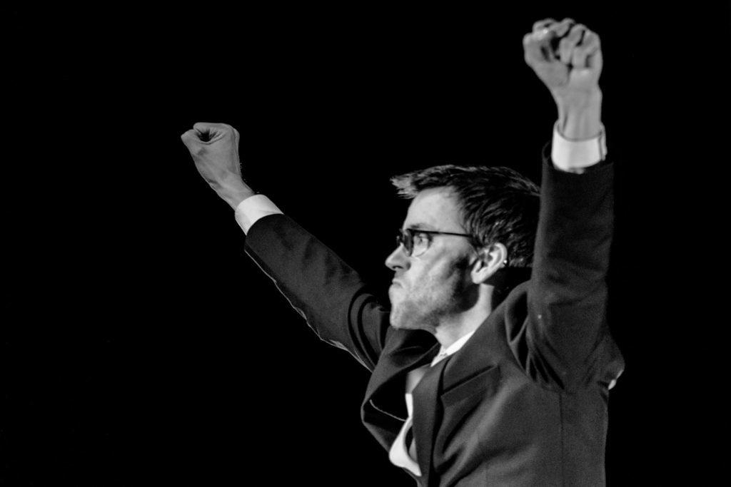 Le prix de l'ascension, une pièce de avec Antoine Demor, Victor Rossi. DR