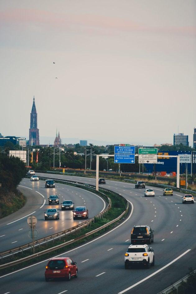 L'autoroute A35 coupe Strasbourg en deux, mais sa transformation s'annonce périlleuse. Photo Abdesslam Mirdass / Studio Hans Lucas