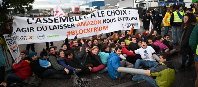 Contre le « Black Friday » : le blocage d'Amazon à Lyon