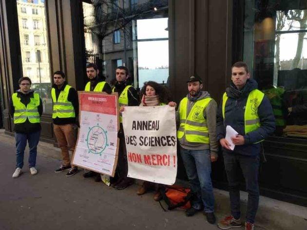 Alternatiba manifeste contre l'Anneau des sciences