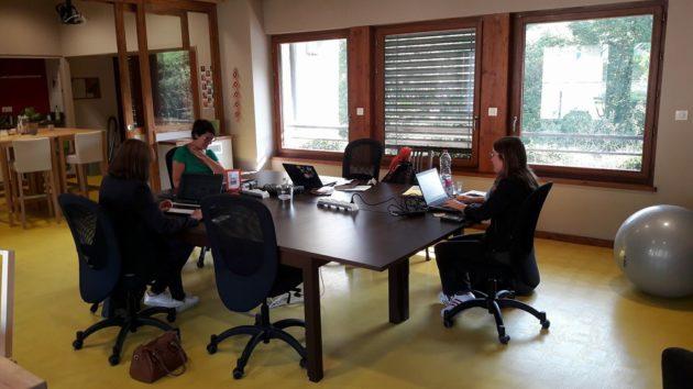 L'espace convivial du coworking de Lamure-sur-Azergues. ©DR