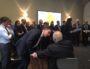 Métropole de Lyon 2020: la «pyramide humaine» de David Kimelfeld pour faire campagne