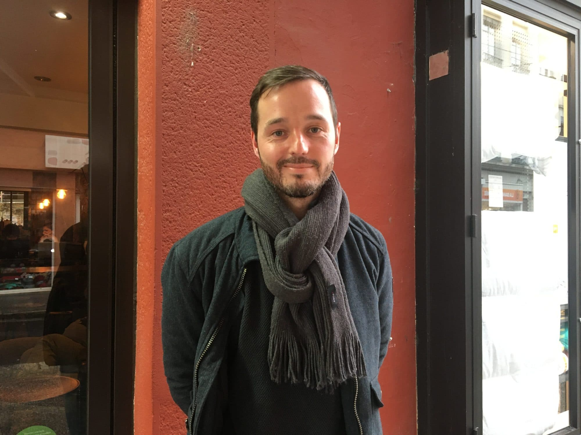 Alban vit à Croix-Rousse depuis 2 ans et témoigne de la gentrification de ce quartier de Lyon. ©Hélène Duros