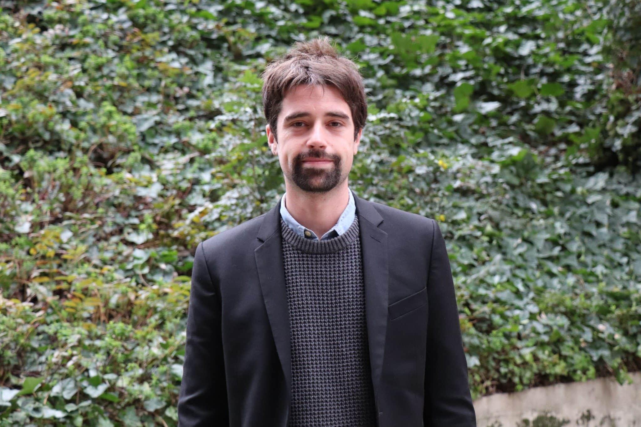 Portrait de Axel Marin, directeur de campagne de Bruno Bernard et candidat à la maire de Meyzieu