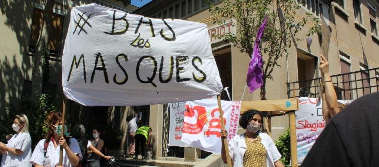 Emmanuel Macron à Sanofi et manifestation des personnels soignants ce mardi à Lyon