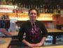 Laetitia, 28 ans, cheffe de cuisine du bistrot Le Filanthrope à Villeurbanne ©Hélène Duros