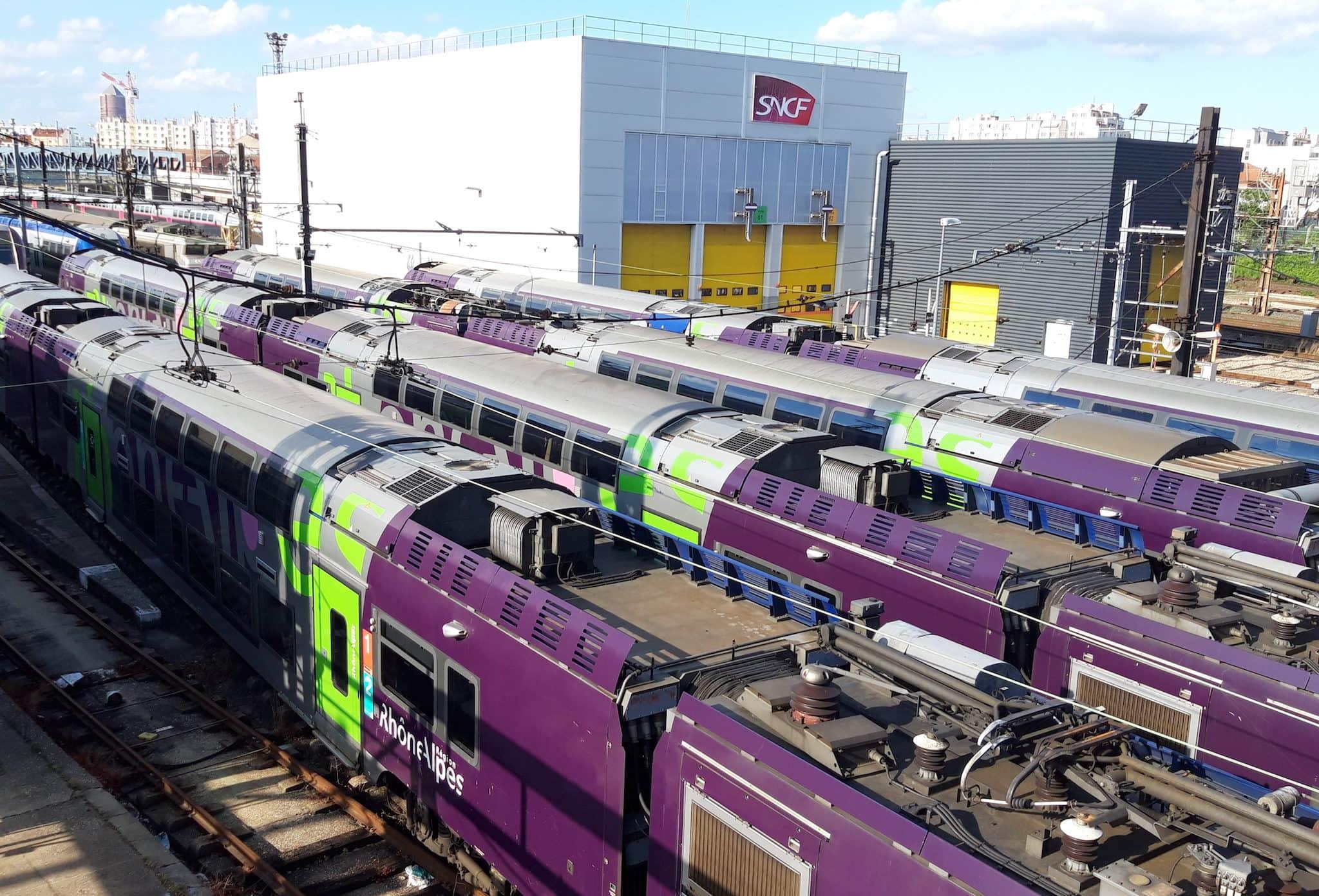 trains lyon TER région Auvergne-Rhône-Alpes