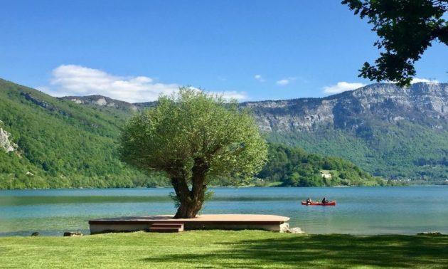 Plage de la Crique au lac d'Aiguebelette