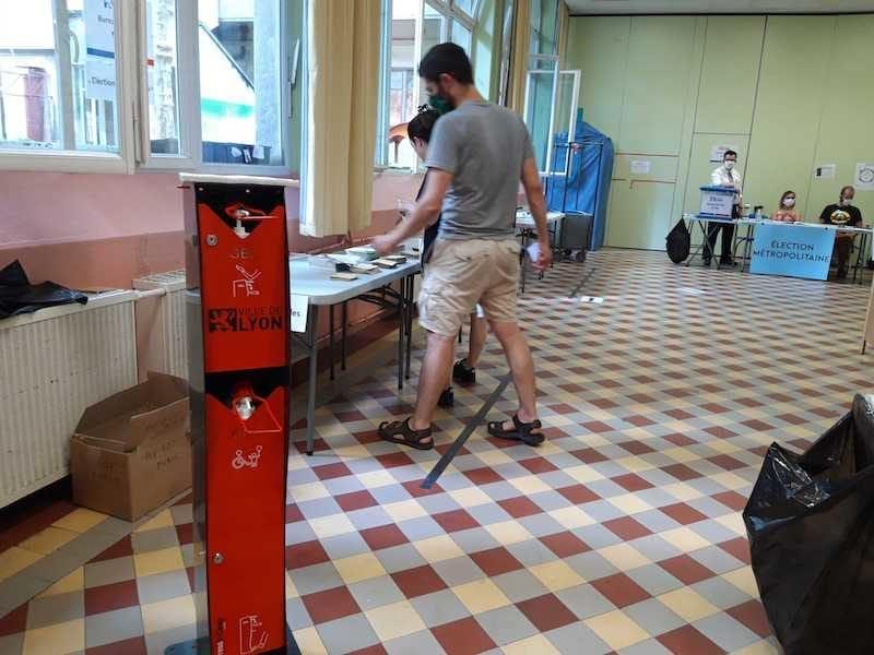 Un bureau de vote dans le 7è arrondissement de Lyon. ©LB/Rue89Lyon