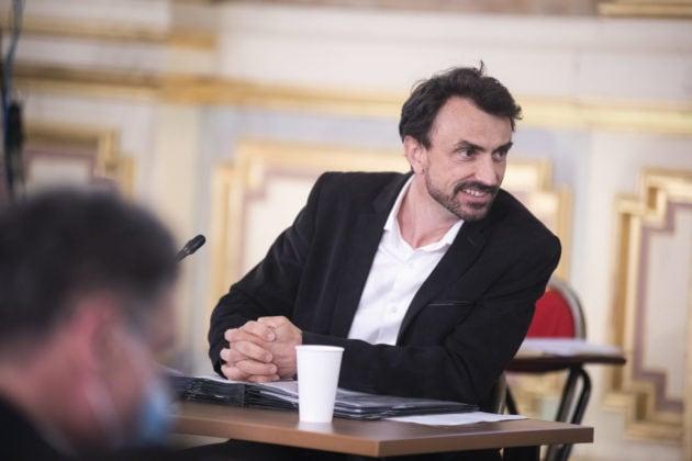 Grégory Doucet maire Lyon congé paternité papa