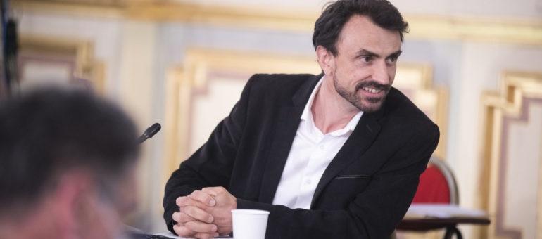 Pour Grégory Doucet, le choix assumé mais critiqué de l'endettement