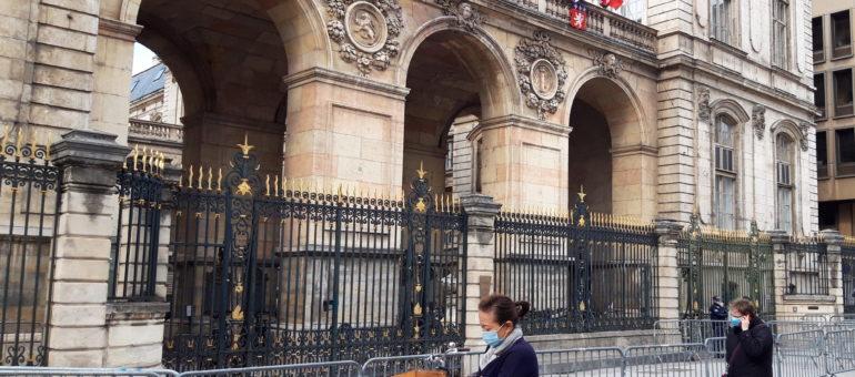 Covid-19 à Lyon : bars, fêtes… Quelles interdictions et obligations ?
