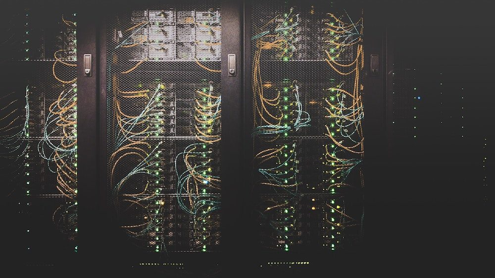 Photo d'illustration - data centers - CC Taylor Vick/Unsplash