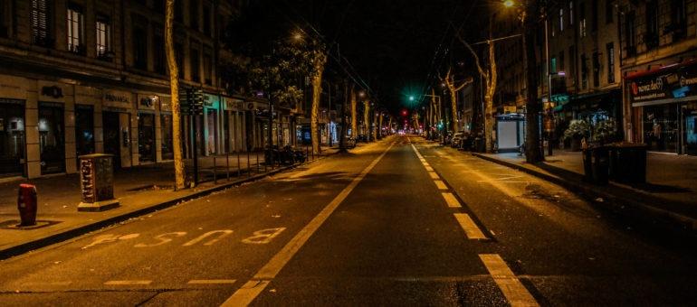 Lyon sous couvre-feu : Uber partout, habitants nulle part