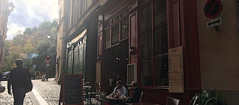À Lyon, dernier restaurant, dernier achat en librairie avant confinement saison 2