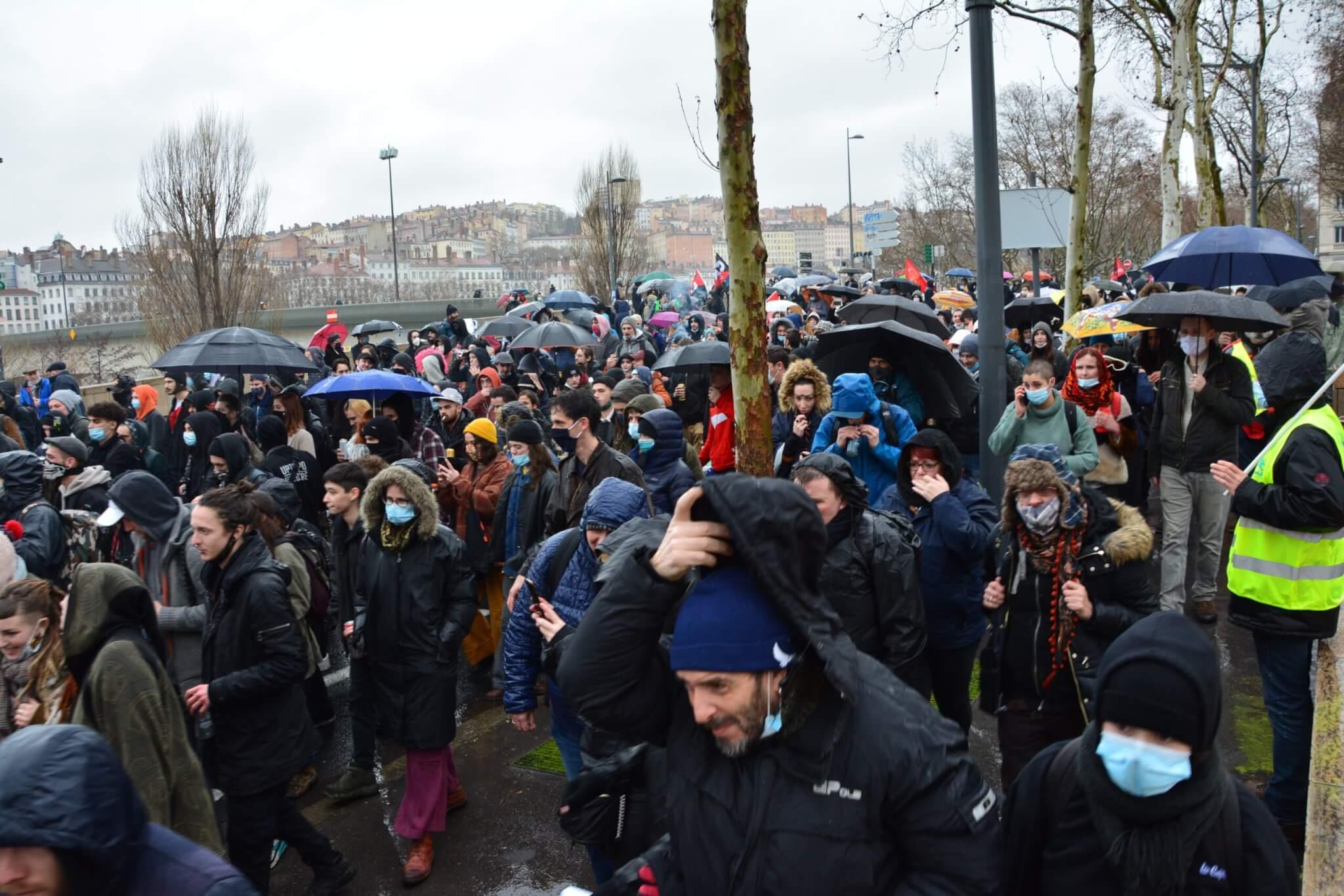 Après un départ le 16 janvier de Villeurbanne, la Marche des libertés est repartie de la place Lyautey (Lyon 6ème) ©PL/Rue89Lyon