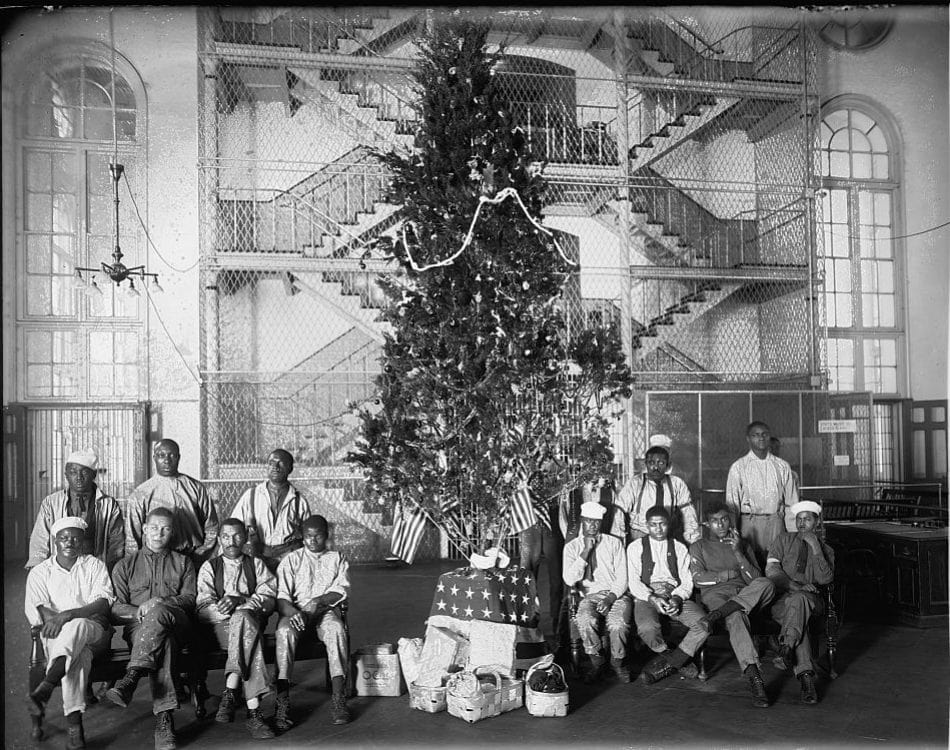 Noël en prison en 1919 dans la vieille prison de Washington DC. CC Library of Congress:Flickr