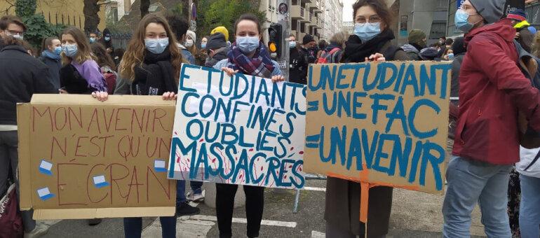 A Lyon, un millier d'étudiants manifestent pour des «conditions de vie décentes»