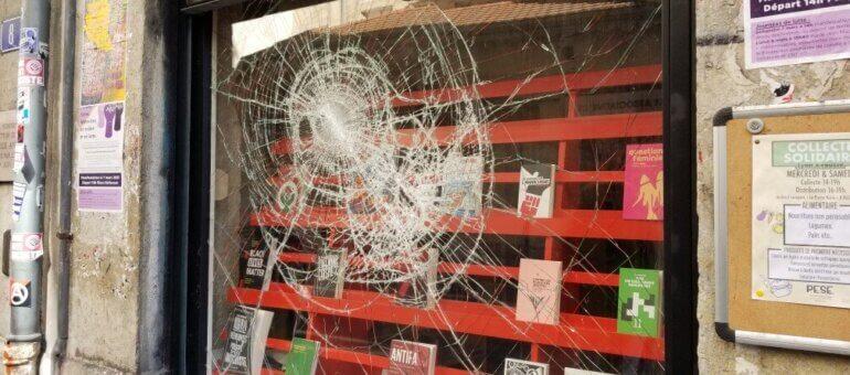 Une librairie libertaire encore attaquée à Lyon : la marque de l'extrême droite radicale