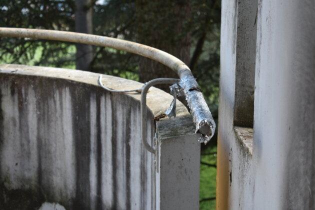 Sarah a tenté de mettre de l'aluminium pour faire fuir les pigeons. ©LS/Rue89Lyon