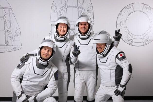 Les quatre astronautes que le planétarium de Vaulx en Velin suivra lors d'un live twitch ©SpaceX