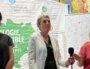 Najat Vallaud-Belkacem du PS (à gauche) et Cécile Cukierman du PC- LFI (à droite) se sont ralliées à la candidate EELV Fabienne Grébert entre les deux tours des élections régionales en Auvergne-Rhône-Alpes 2021. Photo prise à Lyon le 21 juin 2021. ©DD/Rue89Lyon