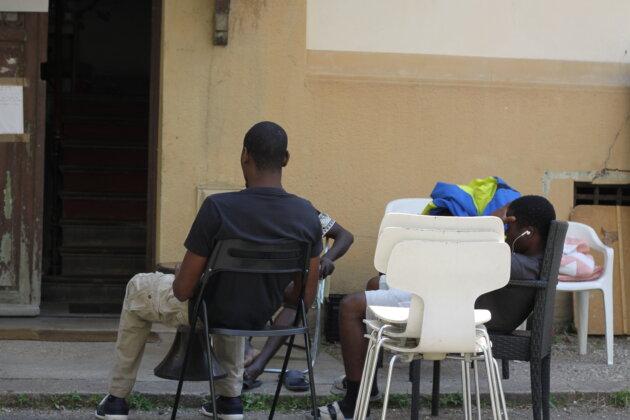 squats jeunes migrants Lyon Croix-Rousse