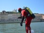 Un plongeur pompier