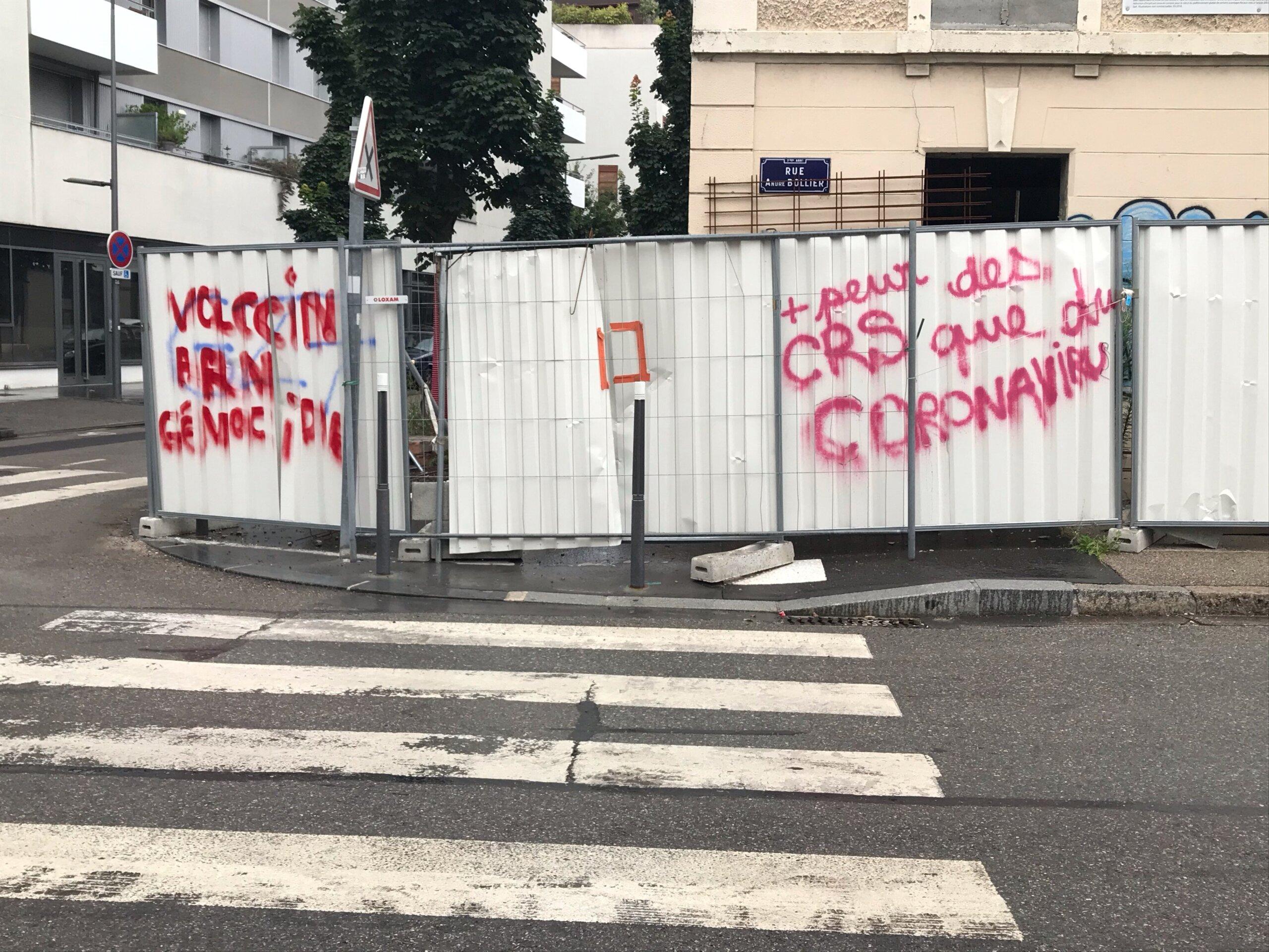 tags pass sanitaire Lyon 7e manifestation contre pass sanitaire