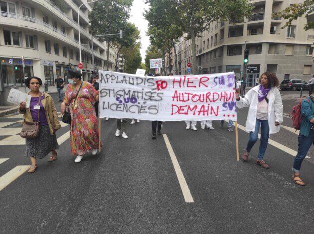 Manifestation soignants Lyon obligation vaccinale