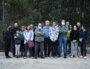 Le petit collectif informel qui s'oppose à la construction d'un Lidl à Vaulx-en-Velin village. ©LS/Rue89Lyon