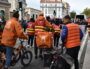 Les livreurs Just Eat sont venus signaler être en grève pour la manifestation interprofessionnelle du 5 octobre. ©LS/Rue89Lyon